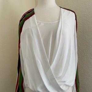 Beautiful and versatile blouse.
